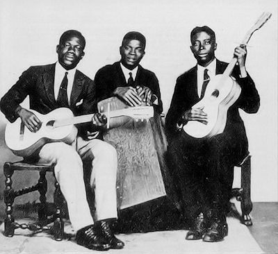 Kumasi_Trio_1928